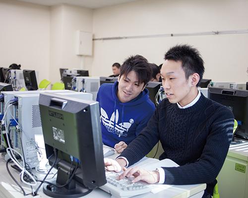 campus_life-student04-02