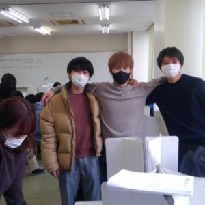 "<span class=""title"">卒業式前日</span>"