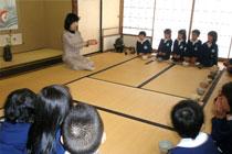 日本の美しい伝統文化にふれる茶道の時間