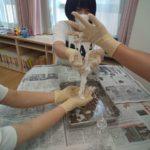 小麦粉粘土、片栗粉スライム、スライムで感覚あそびを体験しました!